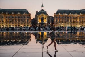 Accès bateau Place de la Bourse à Bordeaux